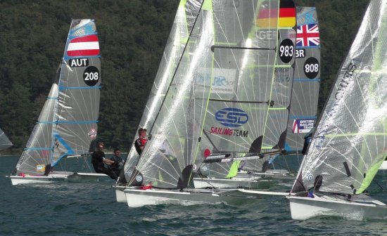 skiff weekend 49er start
